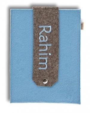 U-Heft hellblau Filz mit Namen bestickt