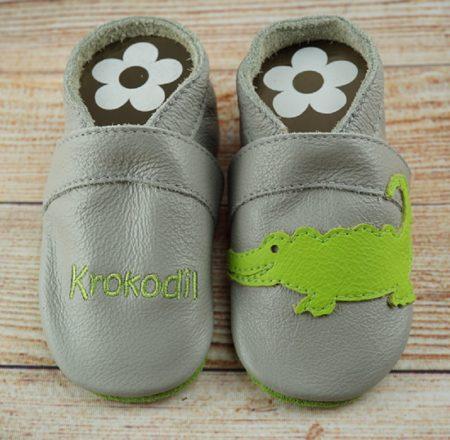 Krabbelschuhe Krokodil hellgrau